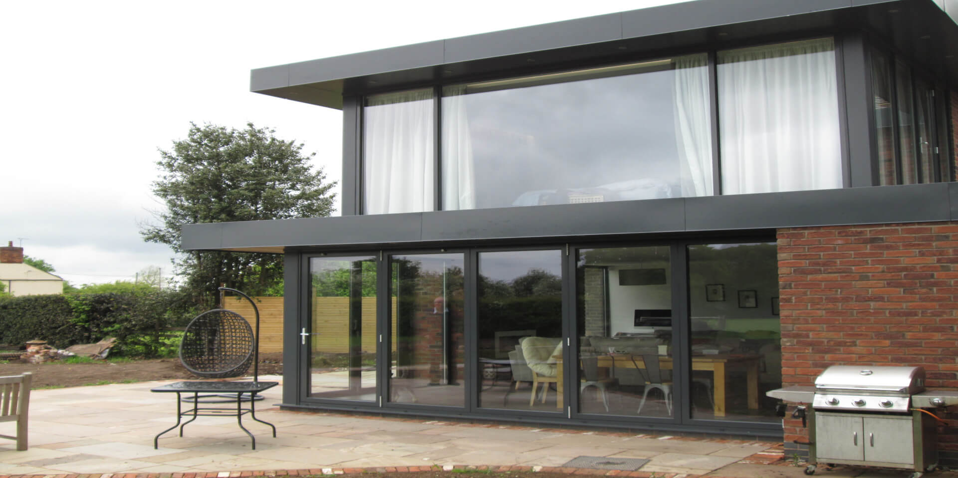 Kestrel aluminium bifold door glazing options