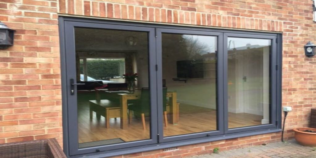 Kestrel aluminium bifold door features